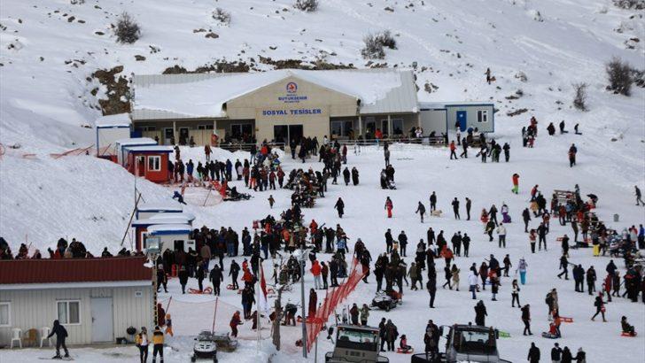 Denizli Kayak Merkezi'ne yoğun ilgi